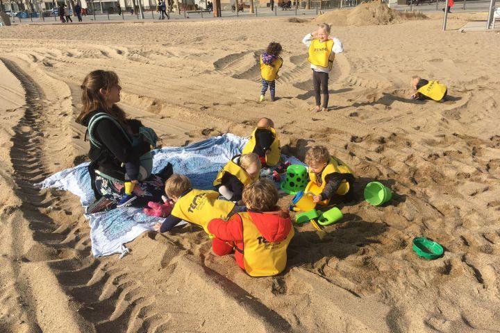 tembo family club ciutat vella barcelona centre educació viva activa i respectuosa espai de criança
